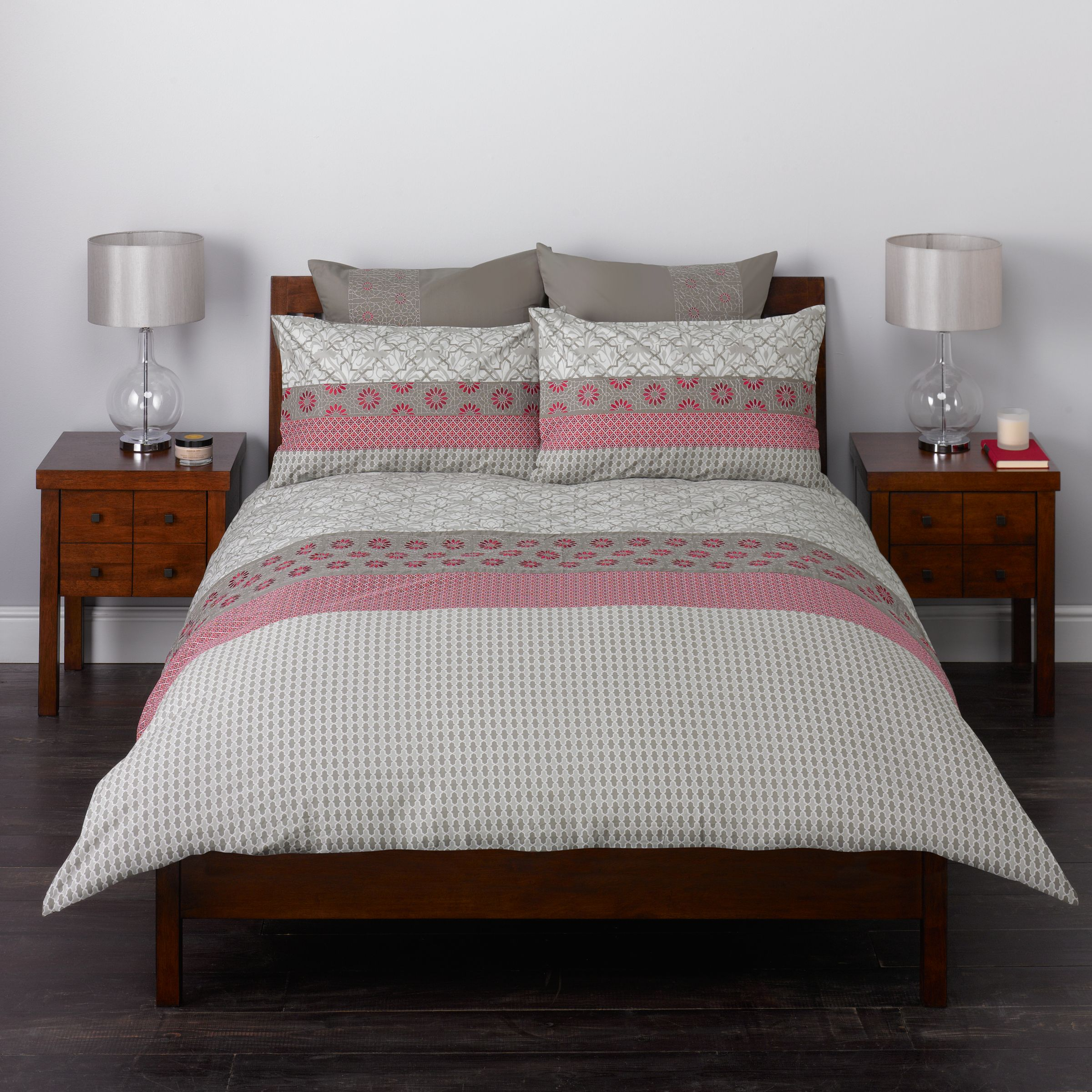 john lewis alimah duvet covers red review compare. Black Bedroom Furniture Sets. Home Design Ideas