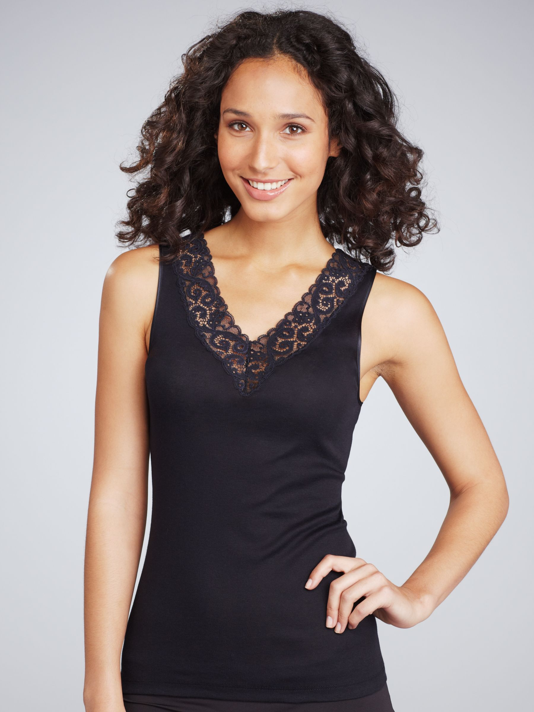 Hanro Everyday Cotton Lace Camisole Black open in new window