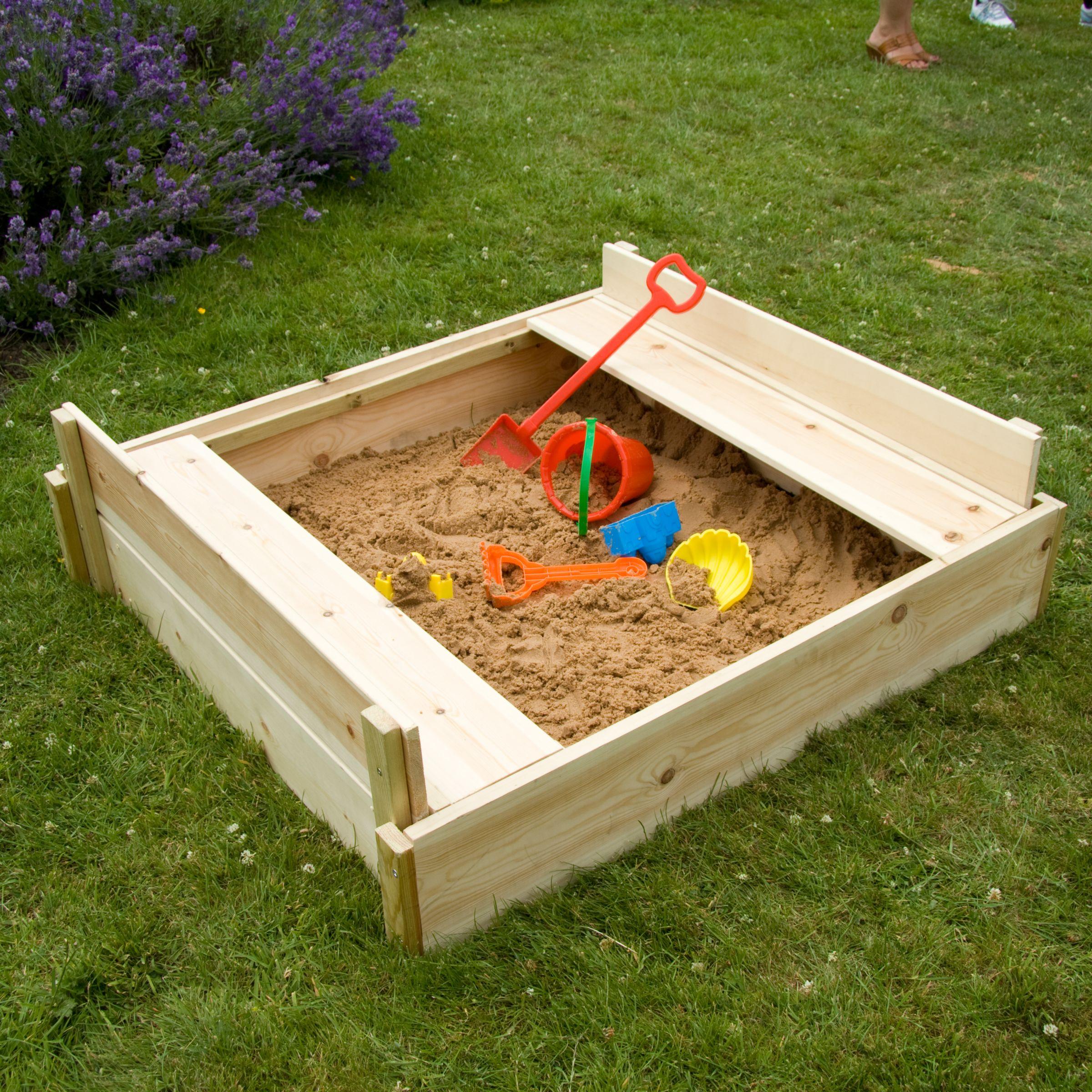 TP292 Wooden Lidded Sandpit